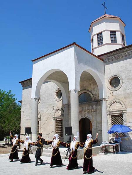 Памятники, исторические объекты Армянская церковь