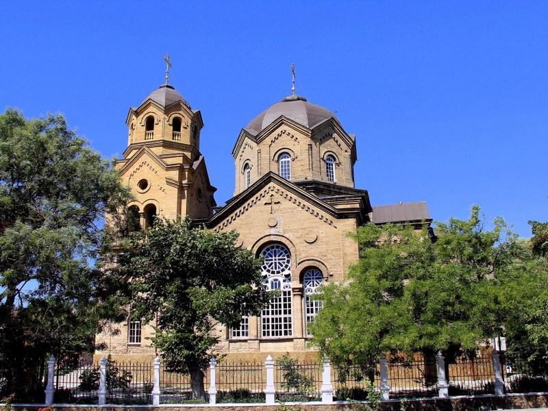 Действующие религиозные объекты Свято-Ильинская церковь Евпатория Свято-Ильинская церковь, Евпатория