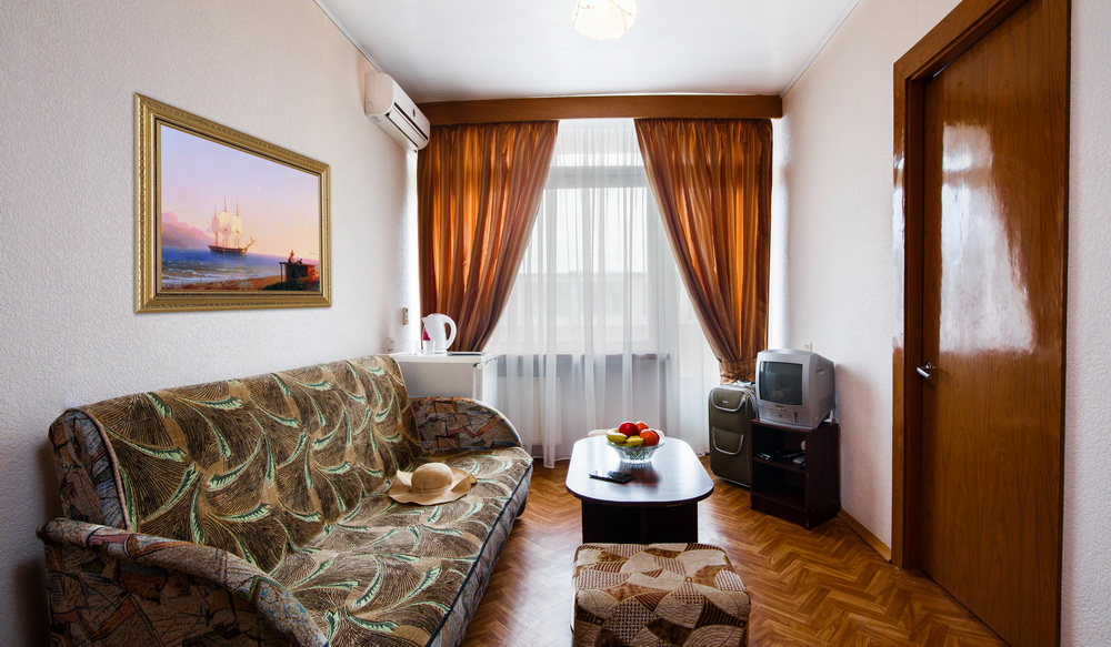 Санаторий Таврия Евпатория Корпус №2,3 (2 этажа ) 2 комнатный 2местный Улучшенный