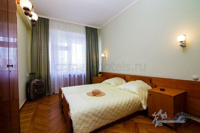 Санаторий Таврия Евпатория Корпус №4 (9 этажн)  - 2-х комнатный 3-х местный Полулюкс