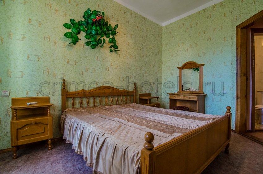 Санаторий Мечта Евпатория 1 корпус  3-х комнатный 4-х местный стандарт