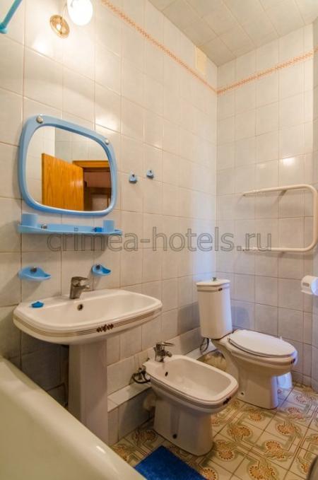 1 корпус  3-х комнатный 4-х местный стандарт