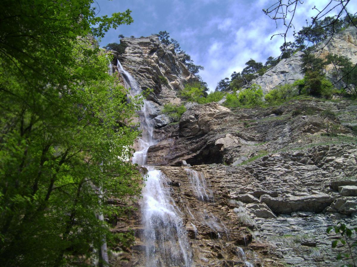 Реки, озера, водопады Водопад Учан-Су Ялта Водопад Учан-Су, Ялта